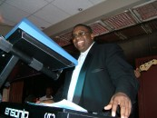 Tic Toc Entertainment continues its growth with Zimana-enhanced sites for Midwest DJ and Karaoke & TTE Studios